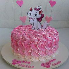 pin De Liiza Chiiquii Santiiagoh Gorgeous Cakes, Amazing Cakes, Cat Birthday, Birthday Cake, Kitten Cake, Baptism Party Decorations, Cake Hacks, Minnie Cake, Cat Party