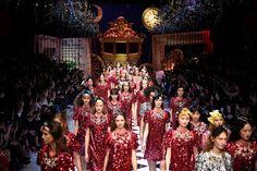 Todas las imágenes del desfile en Milán de Dolce&Gabbana: PAP otoño-invierno 2016/17.