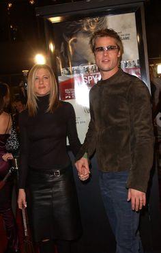 "Jennifer Aniston and Brad Pitt - Premiere of ""Spy Game"""