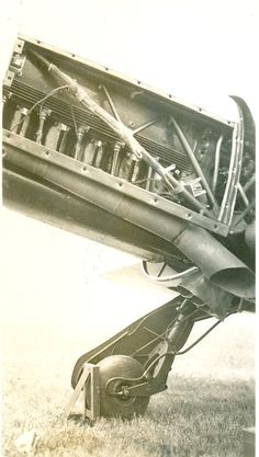 "Menasco 600/2 engine inside the 8W ""CR-4"" flown by pilot Crosby in the Greve Race (didn't finish the race). Sept. 1938, Cleveland National Air Races."