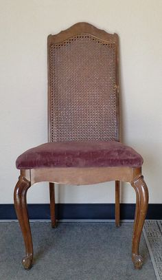 Recovering & Refinishing Dining Chairs – The Easy Way.  I am loving this website! All kinds of tips to refurbish furniture.