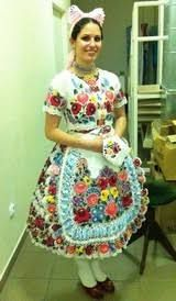 folk costumes with handkerchiefs images - Căutare Google Folk Costume, Costumes, Handkerchiefs, Apron, Google, Fashion, Moda, Dress Up Clothes, Fashion Styles