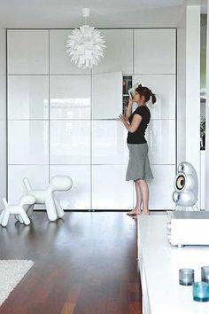 Playspace storage....Pared con muebles Besta Ikea http://homedecorideas365.com/page/148/