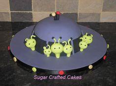Aliens  Click To Return cakepins.com
