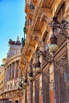 This is the longest street in Madrid. It goes on for km to the northern outskirts of the city. (Calle de Alcalá in Madrid, Spain) Oh The Places You'll Go, Places To Travel, Places To Visit, Beautiful World, Beautiful Places, Architecture Unique, Spain And Portugal, Beautiful Buildings, Spain Travel