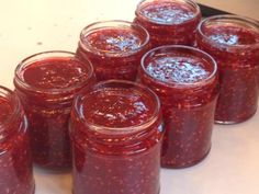 Last week I was invited by the lovely people at Nudge PR to attend a jam making masterclass at their offices in Soho, taken by preserve-expert, Vivien Lloyd.This is the recipe for Raspberry and App… Hungarian Desserts, Hungarian Recipes, My Recipes, Low Carb Recipes, Cooking Recipes, How To Make Jam, Paleo Dessert, Sweet Desserts, Chutney