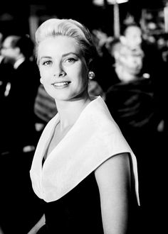 Grace Kelly photographed by Frank Worth at the premiere of Rear Window, 1954.
