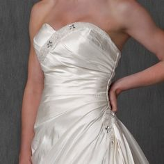 $399 for a wedding gown? Yes please!