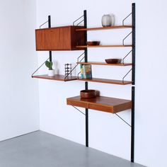 For sale: Royal System wall unit by Poul Cadovius for Cado, European Furniture, Danish Furniture, Desk Shelves, Small Shelves, Vintage Writing Desk, Shelf System, Large Desk, Small Cabinet, Table Seating