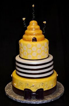 """""""What's it going to Bee"""" Baby Shower Cake Pretty Cakes, Beautiful Cakes, Amazing Cakes, Creative Birthday Cakes, Creative Cakes, Bee Cakes, Cupcake Cakes, Cupcakes, Fondant"""