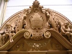 Detail view - carved fireplace mantel