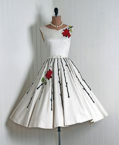 Hot Sale Fancy White Homecoming Dresses, Stylish Scoop Sleeveless Mid-Calf White Homecoming Dress With Embroidery Sash Pretty Outfits, Pretty Dresses, Beautiful Outfits, 1950s Fashion, Vintage Fashion, Vintage Couture, Vintage Dresses, Vintage Outfits, 1950s Dresses