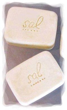 """produto vegan   Fui apresentada virtualmente ao sabão de sal pelo blog Jabón y Agua, através das maravilhosas """"Rocas de Sal """"  feitas pel..."""