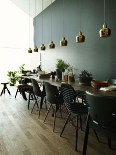 The best colors you should paint your dining room.