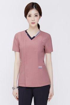 Hotel Uniform, Scrubs Outfit, Medical Careers, Medical Scrubs, Nurses, Pedestal, Costume, Blouse, Pattern