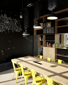 Creneau International › Bar Marie, Hospitality Concept