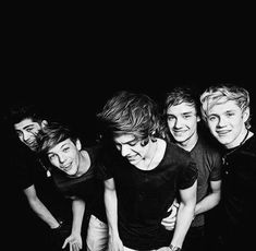 I love this picture of our boys so much Zayn Malik, Louis Tomlinson, Harry Styles, Liam Payne and Niall Horan One Direction One Direction Collage, One Direction Lyrics, One Direction Facts, One Direction Wallpaper, One Direction Imagines, One Direction Pictures, I Love One Direction, Direction Quotes, Art Direction