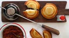 2 delicious jaffle recipes you just have to try - Getaway Magazine Kos, Ma Baker, Food Truck Menu, Australian Food, Australian Recipes, Dutch Oven Cooking, South African Recipes, Recipe Today, Light Recipes
