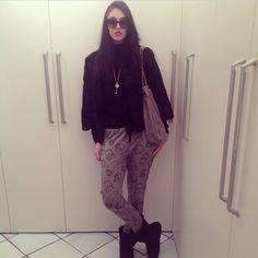 Forever 21 sweat pants Ugg boots Stella mccartney bag #marilenaguadalaxara