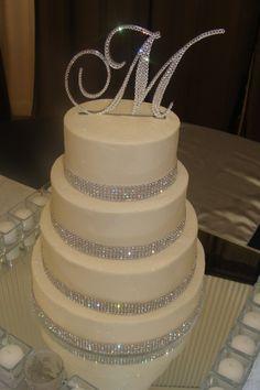Winter Wedding Cake, looks just like my cake!