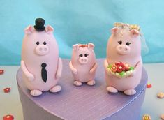 Piggies wedding cake toppers!