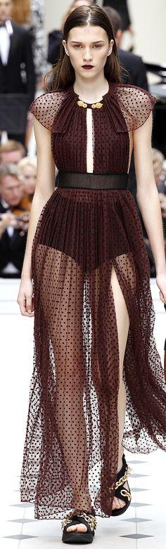 New Fashion Show 2017 Burberry Prorsum 34 Ideas Love Fashion, Trendy Fashion, Runway Fashion, High Fashion, Fashion Show, Fashion Design, Color Fashion, Brown Fashion, Party Fashion
