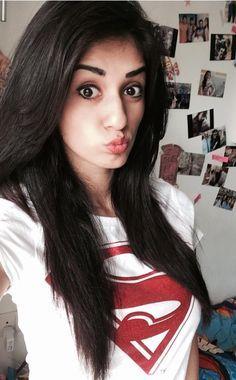 Rubia Shaheen Beauty and Sweet Pakistani Selfie Girl From Karachi Bollywood Photos, Bollywood Girls, Bollywood Celebrities, Bollywood Actress, Indian Film Actress, Indian Actresses, Disha Patni, Girls Selfies, India Beauty