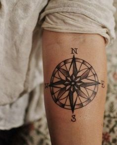Tattoo with wind rose