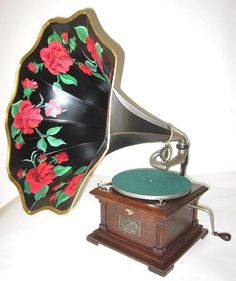 Phonophan antique phonographs Graphophones Gramophones Edison Victor Victrola Columbia