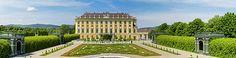 Schonbrunn Palace And Garden In Vienna - Austria