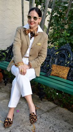 Best Outfits For Women Over 50 - Fashion Trends Over 50 Womens Fashion, Fashion Tips For Women, Fashion Advice, Ladies Fashion, Fashion Sites, Fashion Outfits, Fashion Night, Fashion Over 50, Mode City