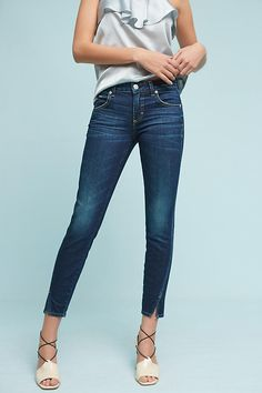 Slide View: 1: AMO Twist Mid-Rise Skinny Cropped Jeans