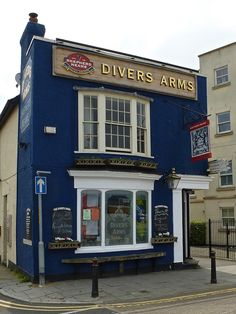 Opposite  the Clocktower, Herne Bay, Kent. By the clocktower was Lemonade Jetty where coal barges used to unload the coal which was carried up the narrow road next to the pub pictured here.