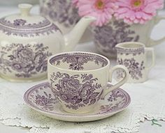 Plum colored teaset!