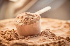 #Bodybuilders are fully aware of the benefits #Proteins bring to the table. They also know the difference between whey and casein protein. It is difficult to choose from the various brands available today. We provide you all the details so that choosing the ideal #caseinpowder should be as easy as a cakewalk. http://bit.ly/2lpPrsp