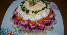 Εξαιρετική συνταγή για Σαλάτα Χριστουγεννιάτικη σαν τούρτα. Μια κρύα πεντανόστιμη σαλάτα που σερβίρεται σαν τούρτα με πατάτες, καρότα, παντζάρια, αυγά και μαγιονέζα. Ιδανική για χριστουγεννιάτικο τραπέζι!!!  Λίγα μυστικά ακόμα  Διατηρείται 3-4 ημέρες στο ψυγείο.Ευχαριστούμε την ANGOLINA για τις... Greek Recipes, Light Recipes, My Recipes, Cooking Recipes, Food Table Decorations, Food Decoration, Christmas Party Food, Xmas Food, Salad Cake