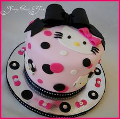 Hello Kitty little cake! - by YummyTreatsbyYane @ CakesDecor.com - cake decorating website