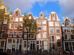 Grachtenhäuser in #Amsterdam Holland, Diorama, Notre Dame, Amsterdam, Building, Travel, Pictures, Viajes, The Nederlands