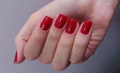 Esmaltes vermelhos: conheça os favoritos das blogueiras