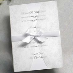 making your own wedding invitations