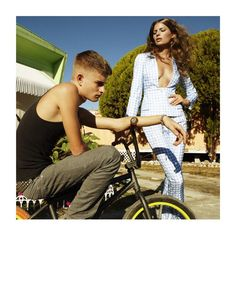 Cameron Russell by Greg Kadel for Vogue Spain April 2012 Cameron Russell, Greg Kadel, Editorial Photography, Fashion Photography, Campaign Fashion, Vogue Spain, Cycle Chic, Vogue Magazine, Photos Of Women
