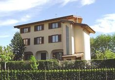 Check out http://cercacasa.it/ to Cerca Casa and find thousands of Italy Real Estate ads for sale and rent houses, apartments, shops, villas, land, cottages and other types of residential and commercial properties.