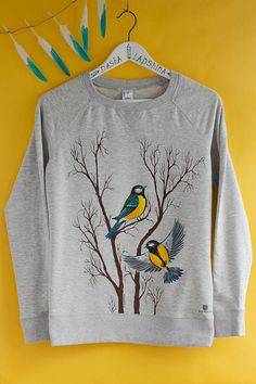 Hand painted Gray Women Sweatshirt with birds, winter clothing, gift for her: Tits by SpringHoliday on Etsy Fabric Paint Shirt, Paint Shirts, T Shirt Painting, Hand Painted Dress, Painted Clothes, Fabric Painting On Clothes, Hand Painted Fabric, Fabric Paint Designs, Direct To Garment Printer