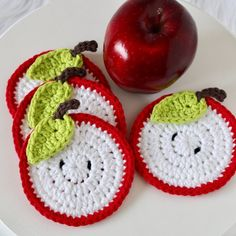 Apple Coaster, Set Of Red Apple Coaster, Teacher Appreciation Gift, Housewarming Gift, Apple Deco Crochet Home, Crochet Gifts, Crochet Doilies, Easy Crochet, Thread Crochet, Doily Patterns, Crochet Patterns, Dress Patterns, Crochet Fruit
