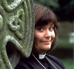 "Dawn French as Geraldine Granger, ""The Vicar of Dibley,"" another wonderful comedy from the BBC! British Humor, British Comedy, English Comedy, British Actresses, British Actors, Welsh, Jennifer Saunders, Dawn French, Vicar Of Dibley"