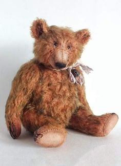 """Archie By Svetlana Chern  - Archie - classical """"old bear"""" (OOAK). Size - 21 cm (+ hat height 4cm). Materials: mohair (red pile with blue-green tips), internal filling - wood shaving and mineral pellets. The head and paws are fixed by means of disks and pins. The soft body is filled not densely. The bear .. bearpile.com. clasic bear"""
