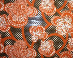 vintage wallpaper - its back!  What about using it in a power room?