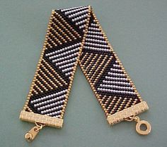 Black Gold Diagonal Triangles Bracelet by Misty Ridge Beads, Bead Loom Bracelets, Beaded Bracelet Patterns, Bead Loom Patterns, Jewelry Patterns, Beading Patterns, Seed Bead Jewelry, Bead Jewellery, Beaded Jewelry, Loom Bracelets