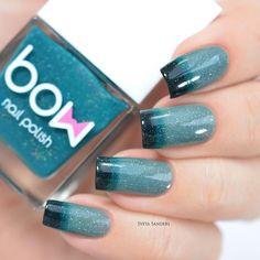A stunning, shimmering green thermal polish to mutate your nails. Collection: Conversion Beautiful nails by sveta_sanders and nailsannagorelova #nailart