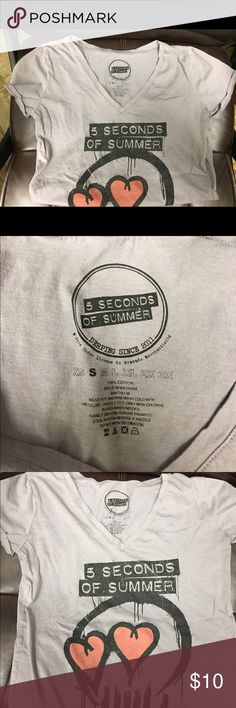 5 Seconds of Summer tshirt 5 SOS Vneck tshirt in gray. Never worn, but washed once. True to size! Bravado Tops Tees - Short Sleeve